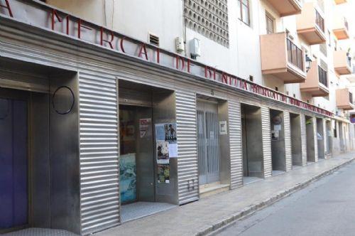 Benissa incentiva el comerç local flexibilitzant l'accés al Mercat Municipal.