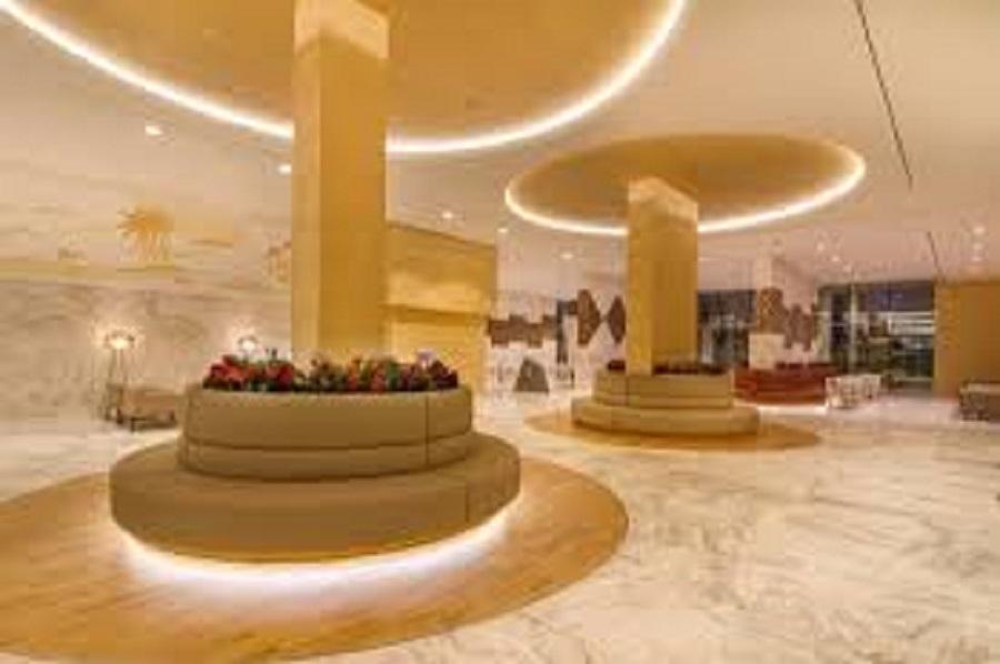 Creama informa sobre las ayudas a profesionales del sector turístico.